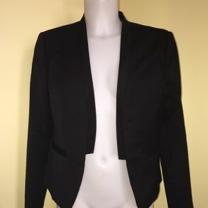 The Limited Blazer Size Medium.